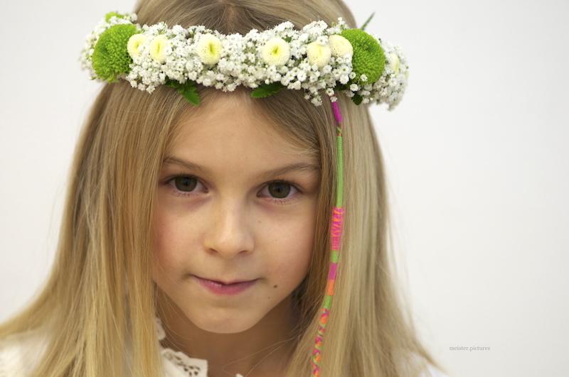 Floraler Kopfschmuck für die Erstkommunion