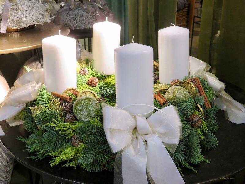 Adventausstellungen bei Gärtnern und Floristen